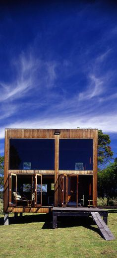 """""""The Box House is a cube of 6 meters built out of local Australian hardwood. The retreat was designed by the late Nicholas Murcutt Architect """"."""