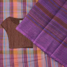 #kanakavalli #lovekanakavalli #perfectlypaired #cotton #handloom #sari #blouse #fabric
