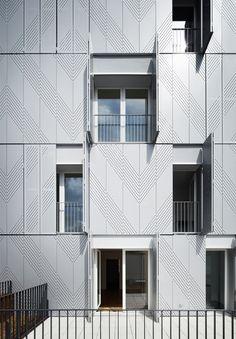 http://archidesignclub.com/magazine/rubriques/archidesignclub-awards/48067-avenier-cornejo-architectes-38-logements-collectifs-rue-bonnet.html