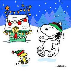 Peanuts Charlie Brown Christmas Beverage Napkins 16 Pack @ niftywarehouse.com