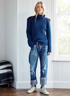 Queene & Belle collaborates with Bay Garnett: cashmere sweaters for the Christmas wishlist