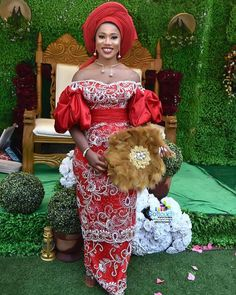 Trendy Asoebi Styles Most Outstanding Styles for African Women - Beta Protocol African Bridal Dress, African Party Dresses, African Wedding Attire, African Dress, African Weddings, African Fashion Traditional, African Inspired Fashion, Latest African Fashion Dresses, Traditional Wedding Attire