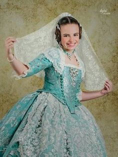 Folk Costume, Costumes, Cinderella, Cool Outfits, Traditional, Disney Princess, Vintage, Beauty, History