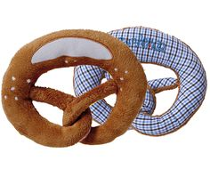 Adorable baby toy from Bavaria! In my hometown Munich pretzels are one of the first things a baby will get to chew and enjoy - and this one made of plush and co Oktoberfest Outfit, Irish Baby, Binky, Child Love, Plaid Pattern, Blue Fashion, Stainless Steel Case, Organic Cotton, Blue And White