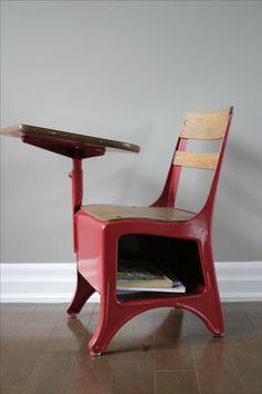 vintage school desk chair that we found at Habitat Restore: spray painted apple red! Antique School Desk, Old School Desks, Old School House, School Chairs, Old Desks, Vintage School, School Tables, Vintage Kids, School Kids