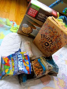 And this is how the story goes...: Chomp-Chomp {Road-Trip Snack Necklace}