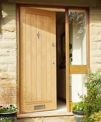 External Dordogne Oak | External Hardwood Doors | Doors & Joinery | Howdens Joinery