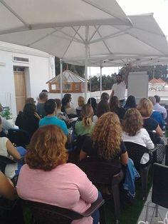 En media hora en Telde en la Casa Condal ultima conferencia gratuita para nuestro evento de mañana #caminaporelfuego #sisepuede #firewalking #motivacion  www.caminaporelfuego.com