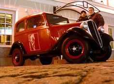 red oldtimer low down