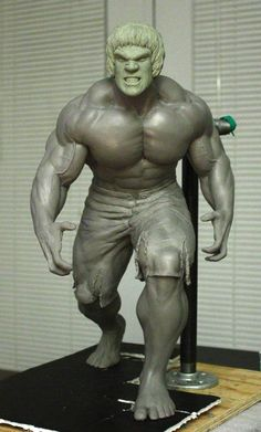 Syco collectibles lou Ferrigno-Incredible Hulk License and Marvel's lawyers smash! Easy Clay Sculptures, Sculpture Clay, House Of Pain, Traditional Sculptures, Hulk Art, 3d Figures, Action Figures, Incredible Hulk, Amazing Spider