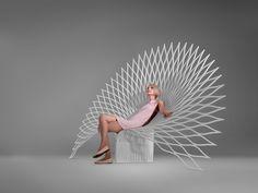 Cadeira Pavão, criada pela empresa canadense Uufie