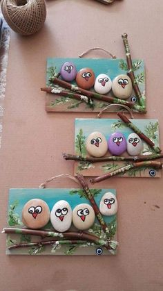 18 Creative Ideas for Painted Pebble and River Stone Crafts 18 kreative Ideen Kids Crafts, Creative Crafts, Diy And Crafts, Arts And Crafts, Easy Crafts, Pebble Painting, Pebble Art, Stone Painting, Garden Painting