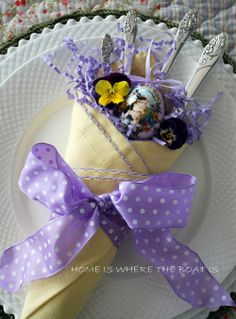 Tussie Mussie Napkin Fold with #Easter treats http://homeiswheretheboatis.net/
