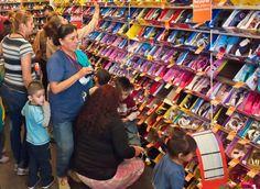 Valle Vista Mall Shoe Stores