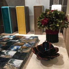 Find the finest tiles for floors and walls in our unique showroom. Our portfolio covers stone, marble, ceramic, porcelain, terracotta and more. Spring Weather, Short Break, Open Up, Stay Safe, Porcelain Tile, Tile Design, Christmas 2019, Terracotta, Restoration