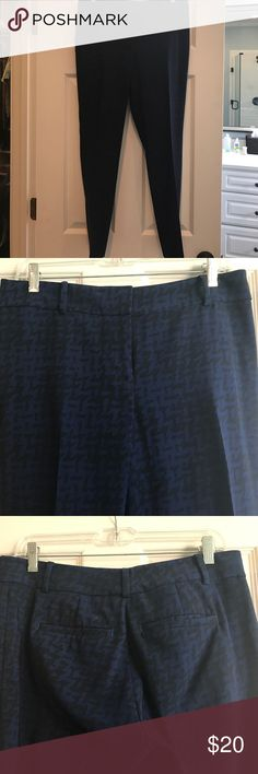 Houndstooth cropped dress pants Dark blue and black houndstooth dress pants. Straight leg. Ankle length. Ann Taylor Pants Straight Leg