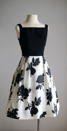 Floral Taffeta Dress A possible role model for BHL Flora Trendy Dresses, Cute Dresses, Vintage Dresses, Beautiful Dresses, Vintage Outfits, Short Dresses, Fashion Dresses, Floral Dresses, 1950s Dresses