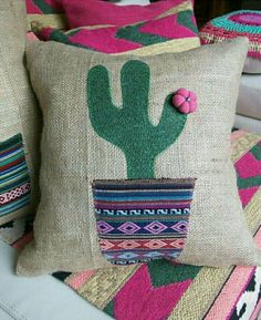 45 Ideas Embroidery Cactus Pillow For 2019 Cactus Craft, Cactus Decor, Diy Pillows, Decorative Pillows, Throw Pillows, Cushions, Hand Embroidery, Embroidery Designs, Sewing Crafts