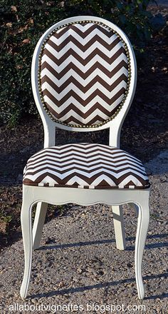 All About Vignettes: Chevron Chair Furniture Fix, Painted Furniture, Refinished Chairs, Home Goods Decor, Home Decor, My Home Design, Palette, Home Projects, Home Remodeling