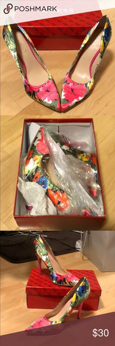 Guess Floral Pumps Brand new. In original packaging. Never worn! Guess Shoes Heels