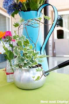 Use an old potato masher as a trellis in a re-purposed old Pot planter #recycledcrafts