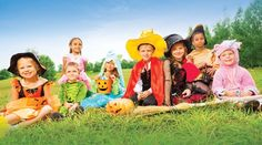 From natural gelatin dyes and safe face-painting to healthier cat-and-scarecrow-shaped pizzas, there's lots of ways to create a planet-friendly and funtastic Halloween for kids.