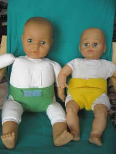 How to make simple doll diapers - with FREE downloadable pattern! www.cucicucicoo.com