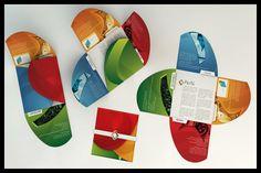 35 Creative Presentation Folder Designs for Identity Branding Brochure Folds, Brochure Examples, Corporate Brochure Design, Creative Brochure, Creative Flyers, Brochure Layout, Brochure Printing, Business Brochure, Creative Design