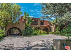 See this home on Redfin! 703 North Alpine Dr, Beverly Hills, CA 90210 #FoundOnRedfin
