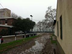 Hipodromo San Isidro....lluvia Sidewalk, Rain, Places, Side Walkway, Walkway, Walkways, Pavement