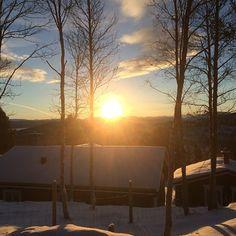 1.juledag 2014 #savalen #hedmark #december #desember #christmasday #winterinnorway #ilovenorway #nofilter #frost #vinter #winter #wu_norway #world_sunrise #juledag #juleferie #vakkert #natur #nature #amazing #beautiful #adressa #vghelg #helgefølelse #lykke