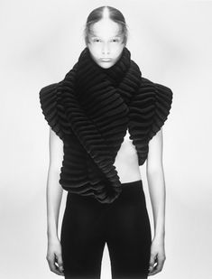 Sculptural Fashion - knitwear design with asymmetric twist & texture detail; 3d Fashion, Knitwear Fashion, Knit Fashion, Fashion Fabric, Fashion Models, High Fashion, Fashion Designers, Minimal Fashion, Textiles