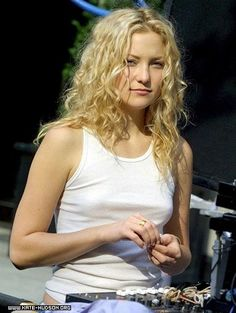 On the set - 17th June 2002 - 08 - Kate Hudson Heaven Gallery#top_display_media#top_display_media#top_display_media