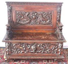 Imposante, antike Sitzbank Sitztruhe Truhe, reichlich geschnitzt Drachen & Köpfe