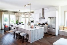 White marble is an excellent choice for any modern kitchen due to its airy tone and elegant look.   (Located in Alexandria, VA) Design Your Own Home, Design Your Dream House, House Design, Elegant Kitchens, Luxury Kitchens, Cool Kitchens, Prep Kitchen, New Home Communities, Open Concept Kitchen