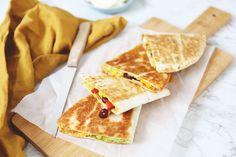 Wraps over? Maak dan bijvoorbeeld deze Mexicaanse quesadilla's met mais, avocado en kidneybonen. Super lekker en heel erg simpel!