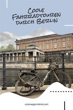 Immer öfter wählen wir das Fahrrad für Entdeckertouren in Berlin. Inzwischen haben wir schon auf einigen wirklich schönen Fahrradtouren Berlin durchquert. Zu einigen der schönsten Radtouren entlang der Spree oder auf dem Mauerweg kommen hier Tipps und Routen. #fahrrad #fahrradtouren #berlin #radfahren #radtouren #ausflug #fahrradrouten #spreeradweg #mauerradweg #radwege #radrouten #fahrradfahren #radtourenmitkindern #berlinmitkindern Berlin By Bike, Bangkok, Parks, Tricks, Mansions, House Styles, City Breaks Europe, Bike Trails, Bike Rides
