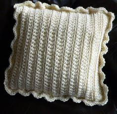 To do list Crochet Cushions, Crochet Pillow, Crochet Motif, Diy Crochet, Knitting Patterns, Crochet Patterns, Crochet Home Decor, Fluffy Pillows, Decoration