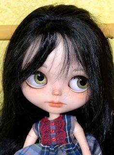 RESERVED BY Maryh  Hustomized Blythe doll by por CARLXYDOLLS