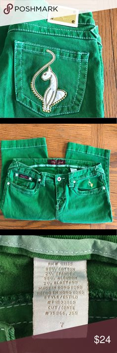 """Super fun Baby Phat knee length shorts. Baby phat shorts. Knee length, 12"""" inseam. They hug your legs without being tight. Great summer find! Baby Phat Shorts Bermudas"""