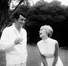 Dean Martin and Janet Leigh Golden Age Of Hollywood, Hollywood Stars, Classic Hollywood, Old Hollywood, Joey Bishop, Peter Lawford, Janet Leigh, Concert Stage, Jerry Lewis