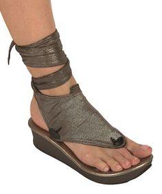 Another great find on #zulily! Silver Metallic & Black Mid Reversible Sandals by Modzori #zulilyfinds