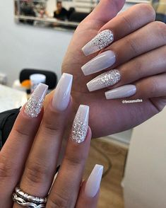 There are three kinds of fake nails which all come from the family of plastics. Acrylic nails are a liquid and powder mix. They are mixed in front of you and then they are brushed onto your nails and shaped. These nails are air dried. Xmas Nails, Holiday Nails, Christmas Acrylic Nails, Christmas Nail Designs, Simple Christmas Nails, Christmas Nails 2019, Coffen Nails, Polish Nails, Christmas Christmas