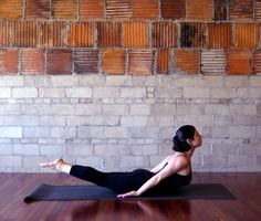 ~ 10 YOGA POSES TO HELP YOU LOOK GOOD NAKED ~