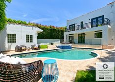 It's summertime and can you see yourself enjoying this wonderful backyard at this remodeled contemporary style home in the historic Sunset Square area of Los Angeles. 4 bedrooms 🛏 3 baths 🛁 , detached guest house, pool 🏊🏻 & spa. With 3,157 square feet on a large gated 8,100 square foot lot.  1509 Courtney Avenue.  Just listed for $2,495,000 Hollywood Hills Homes, Sunset Strip, Contemporary Style Homes, Living In La, Square Feet, Beverly Hills, Baths, Summertime, Bedrooms