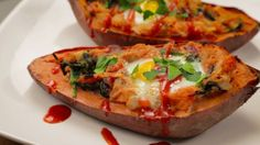 Set your usual morning meal aside and make room for this delicious recipe. Set sail in these Sweet Potato Boats to a flavorful bite filled with bacon, eggs, and sweet onions. Add some hot sauce to give yourself a much needed morning kick!