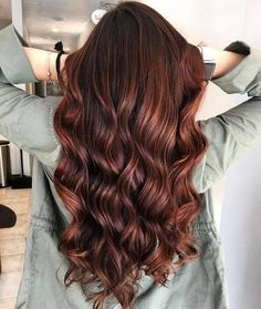 22 New Gorgeous Hair Color Trends For 2019 Copper hair color that looks brilliant - Station Of Colored Hairs Hair Color For Brown Eyes, Hair Color Asian, Ombre Hair Color, Hair Color Balayage, Copper Highlights On Brown Hair, Auburn Balayage, Color Highlights, Purple Hair, Copper Hair Colors