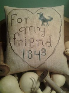 Primitive Hand Stitched Pin Keep/ Bowl Filler by Donna Mann - FromWithinMyHeart  Pattern by Tina Woltman.