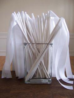 ceremonie mariage, sortie eglise, rubans blanc, baguette ruban,