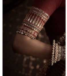 Always wanted to know - how much does Anushka Sharma and Deepika Padukone Lehenga Cost? Wedding lehenga prices revealed in this post. Deepika Padukone Lehenga, Fashion Designer Quotes, Fashion Quotes, Lehenga Blouse, Sabhyasachi Lehenga, Rajasthani Lehenga, Sabyasachi Lehenga Bridal, Anarkali, Rajputi Dress